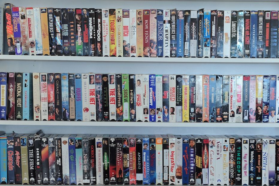 Storing VHS tapes vertically